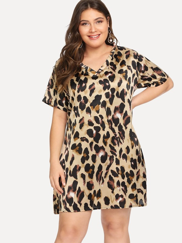 Plus V-Neck Leopard Print Dress