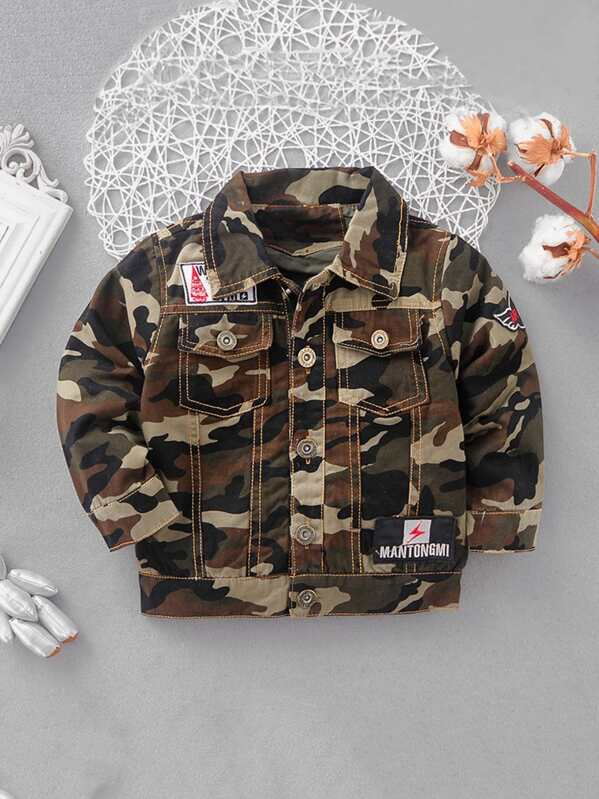 665aa08ee Toddler Boys Contrast Stitching Patched Camo Jacket | SHEIN