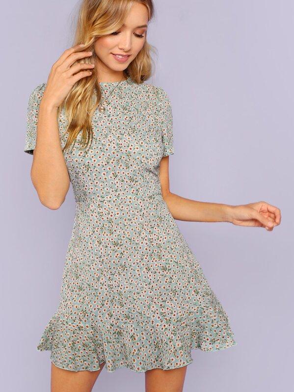 42398c561e Ditsy Floral Flounce Hem Dress | SHEIN