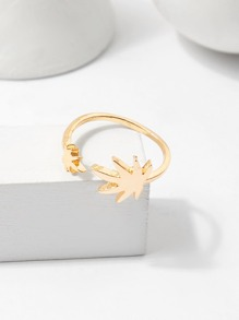 Leaf Detail Ring
