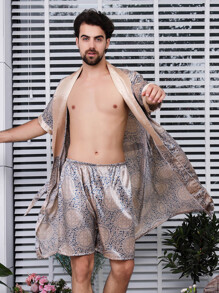 Men Geo Print Shorts With Robe