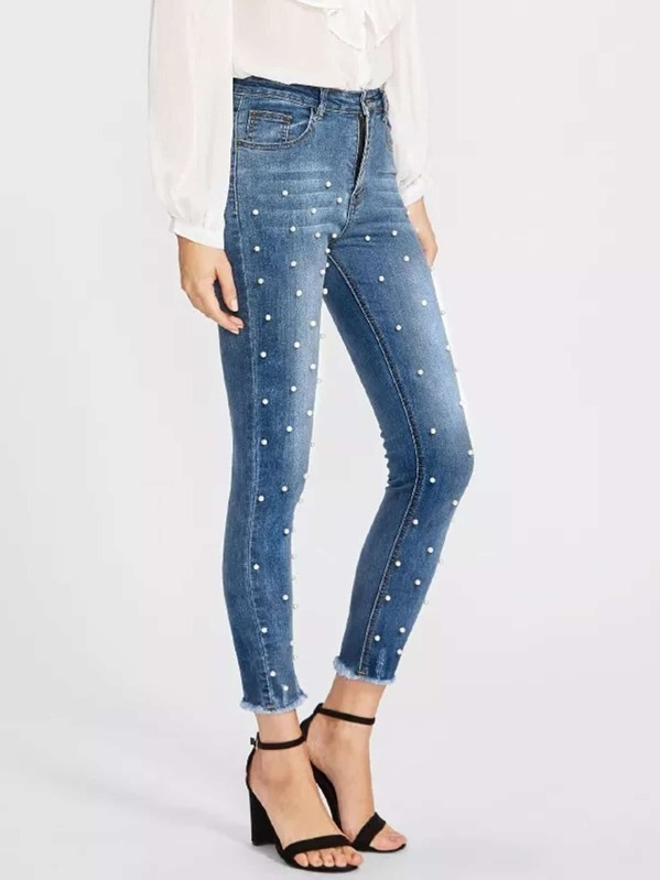 c4771d1abd Pearl Beaded Frayed Hem Jeans | SHEIN UK