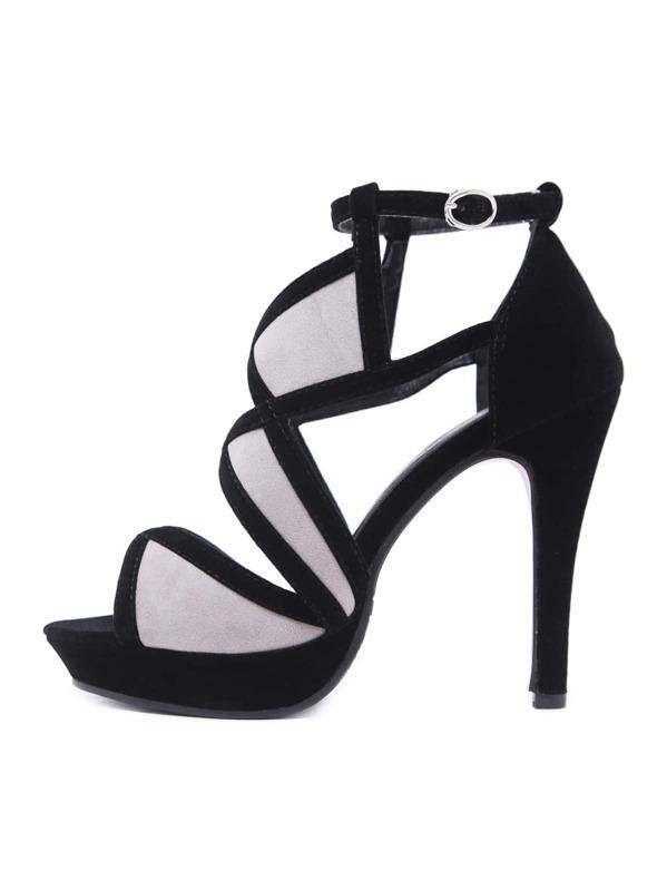 f3ed77e3d1849 حذاء بكعب عال من جلد الغزال مع اصبع قدم مدبب