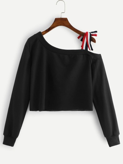 5ab315e7 Cold Shoulder Knot Detail Crop Sweatshirt