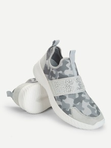 Camo Print Studded Low Top Velcro Sneakers
