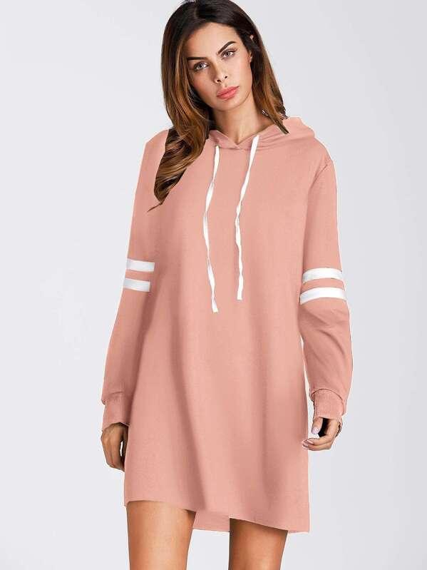 on sale 4fb04 1eb69 Pullover Kleid mit Kapuze und Streifen