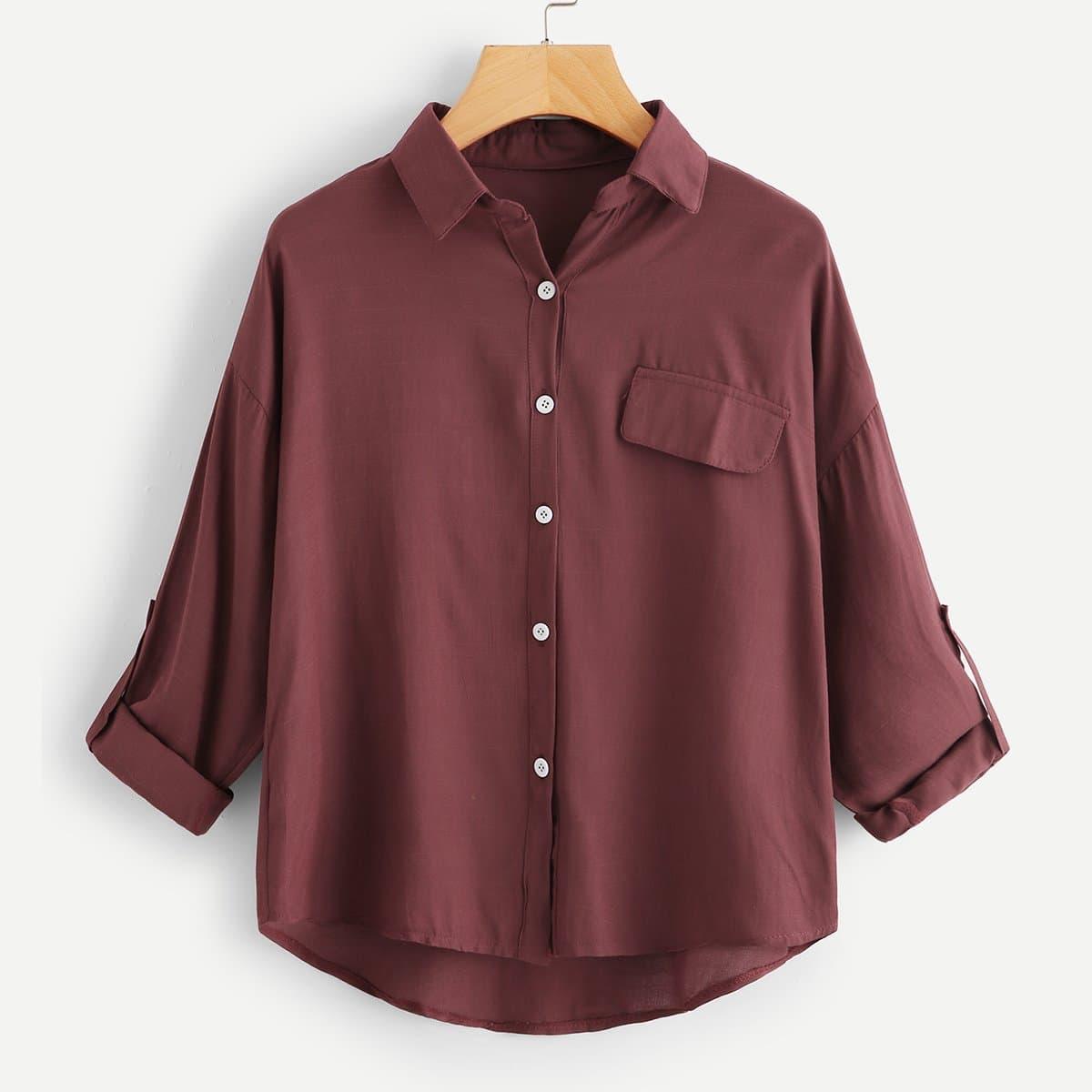 Простая блуза с карманами