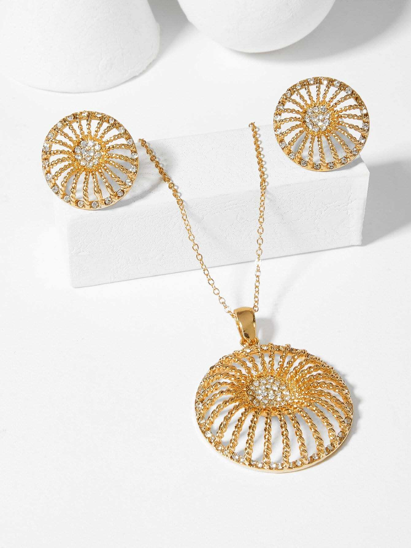 Hollow Round Pendant Necklace & Earrings