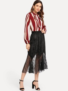 Contrast Lace Solid Velvet Skirts