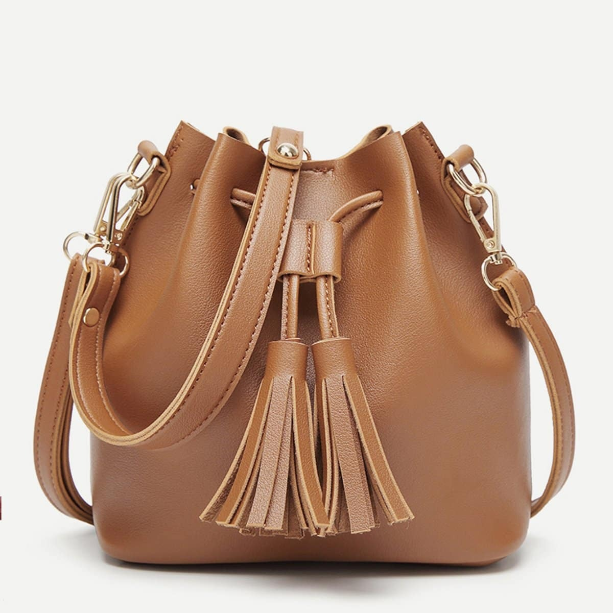 Стильная сумка с бахромой