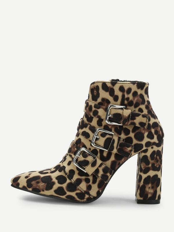 d9884959c96b9 Stivali leopardati con fibbia