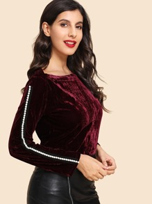 Pearls Side Velvet T-Shirt