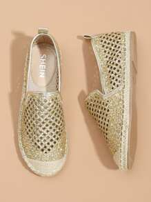 Sequin Detail Cut-out Cap Toe Flats