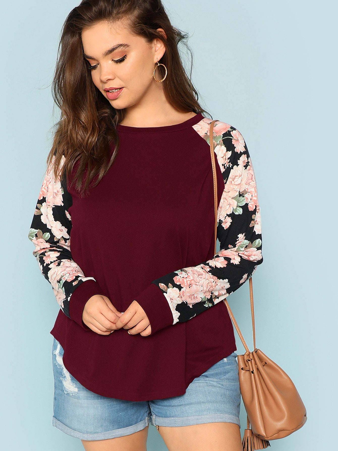 Plus Round Neck Floral Raglan Sleeve Top