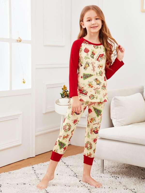 5070c45170 Christmas Kids Cartoon Print Colorblock Pajama Set | SHEIN