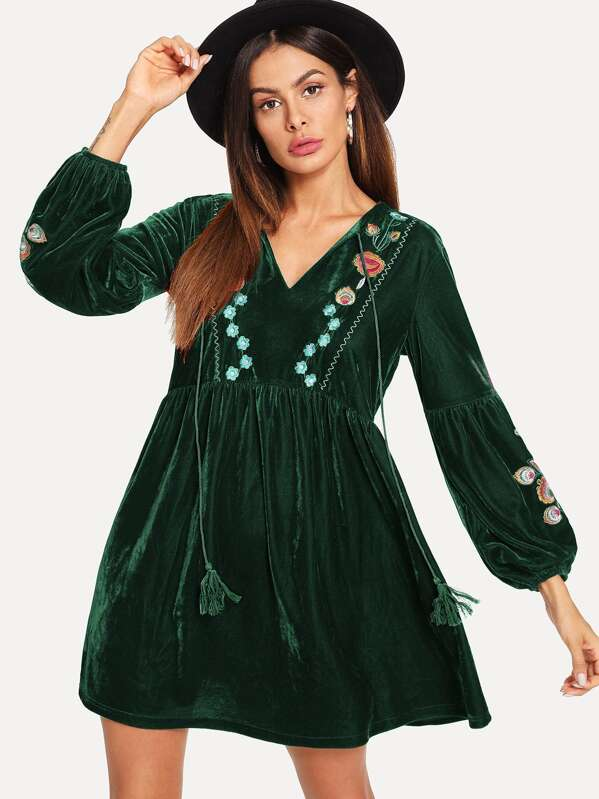 761916468 Floral Embroidered Tassel Tie Smock Velvet Dress