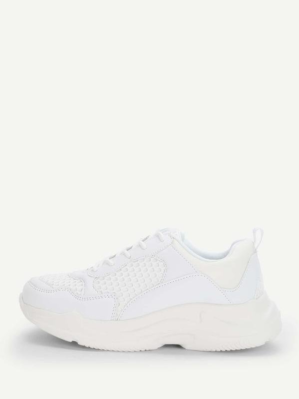 49cd33ced6 Sneakers con suola spessa iridescenti in maglia con lacci