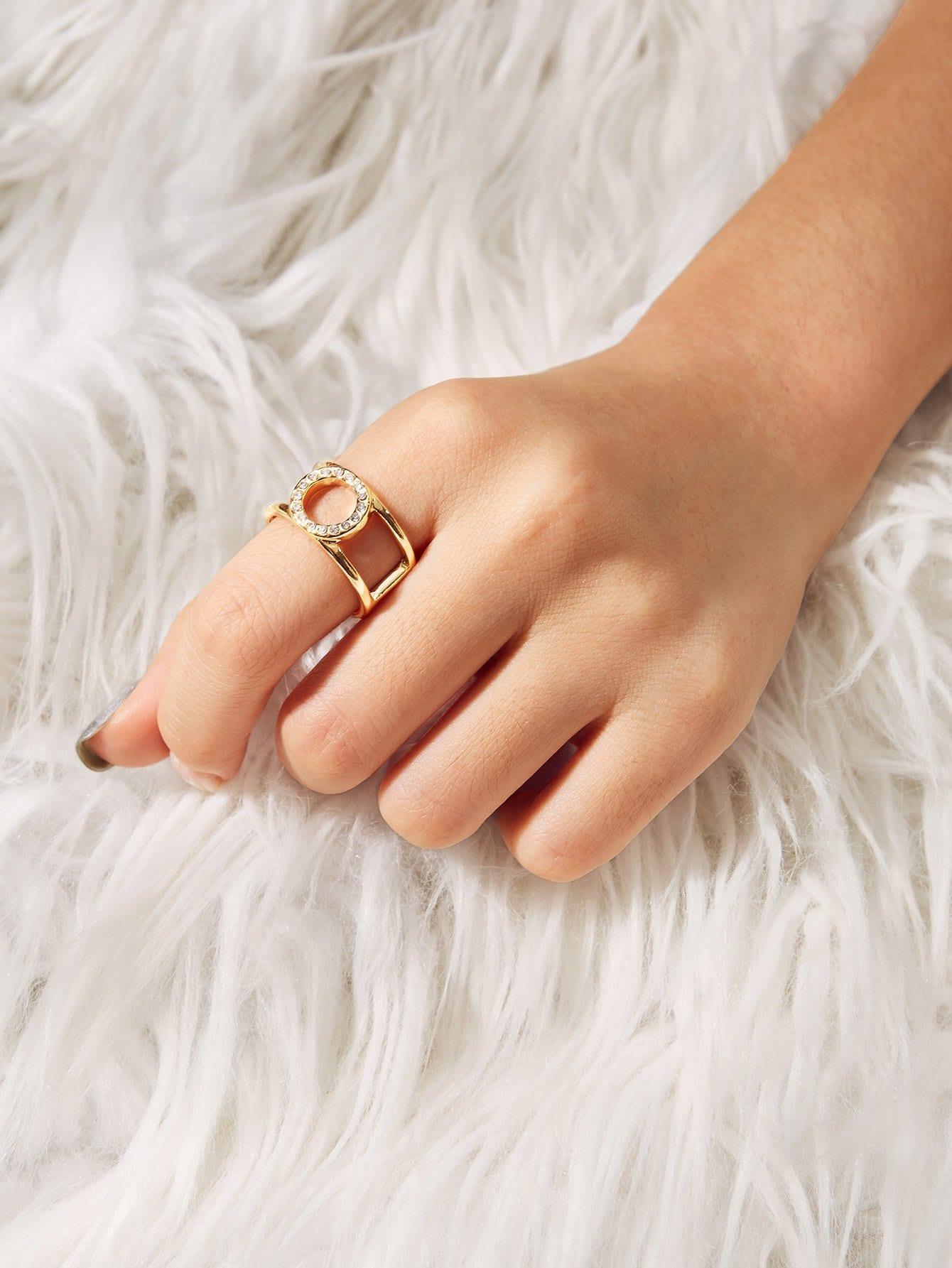 Circle Detail Layered Ring