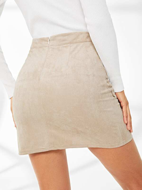 335d10ea5fb Jupe en suédine avec lacets et poches