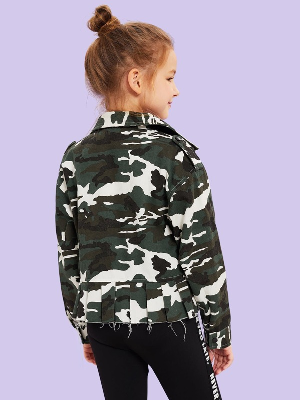 c1614c2e36dfe Girls Pleated Hem Flap Pocket Camo Jacket | SHEIN UK