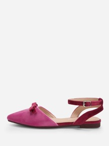 Knot Detail Pointed Toe Flats