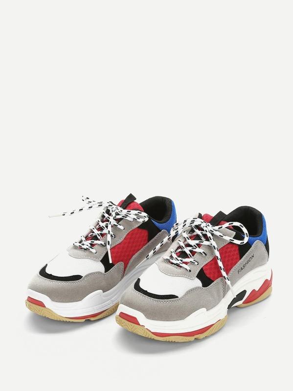 d1beb87df حذاء رياضي بالوان متجانسة مع اربطة | شي إن