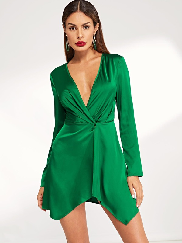 ec6103d237 Plunging Neck Twist Front Dress | SHEIN