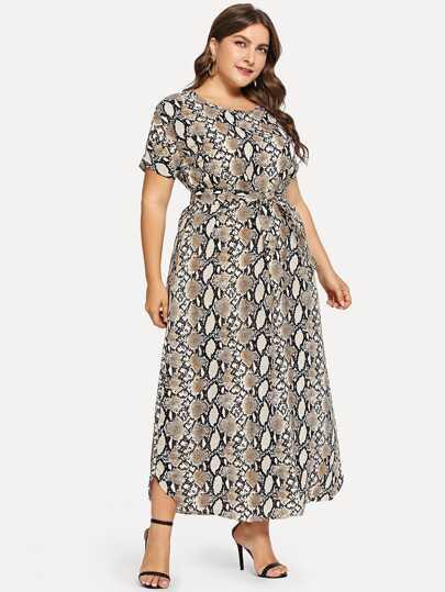 687989c481 Robes grande taille | Boutique De Robes grande taille En Ligne | ROMWE
