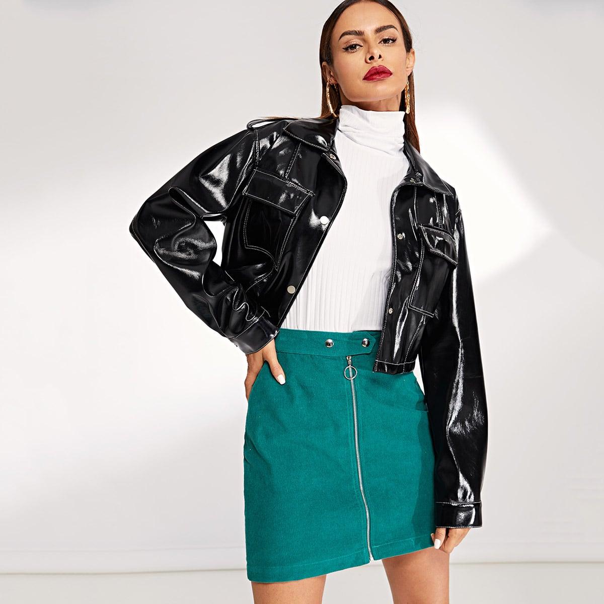 Кожаная куртка на пуговицах с карманом