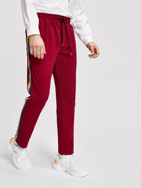 5185dab591b7 Pantalones de hombres de cintura con cordón de lado de rayas de arcoíris |  SHEIN ES