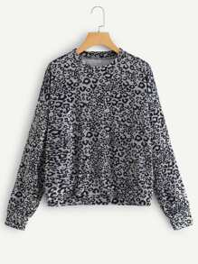 Drop Shoulder Leopard Velvet Sweatshirt