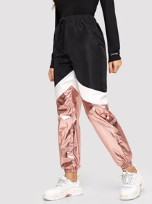 Cut-and-sew Metallic Panel Sweatpants