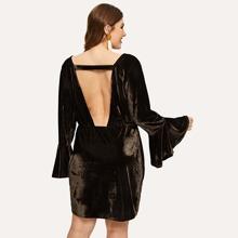 Plus Flounce Sleeve V-Cut Back Velvet Dress