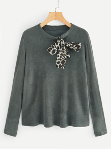 Cheetah Print Knot Decoration Jumper