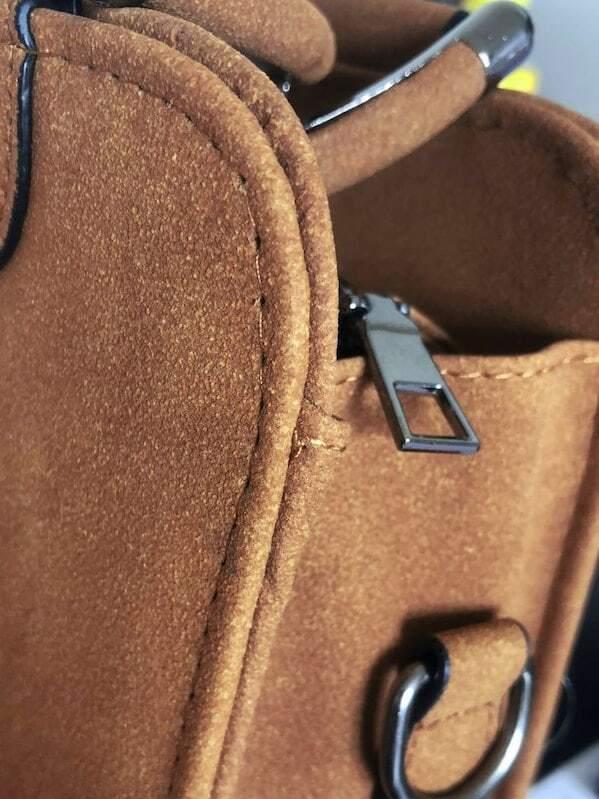14f562ea6002b كرة المخملة زخرفة حقيبة الكتف مع مقبض