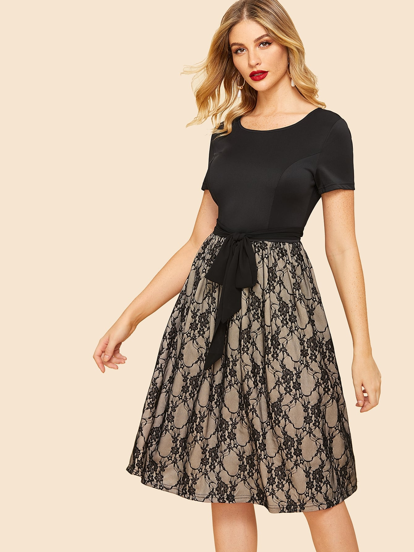 50s Self Tie Lace Contrast Dress 50s Self Tie Lace Contrast Dress