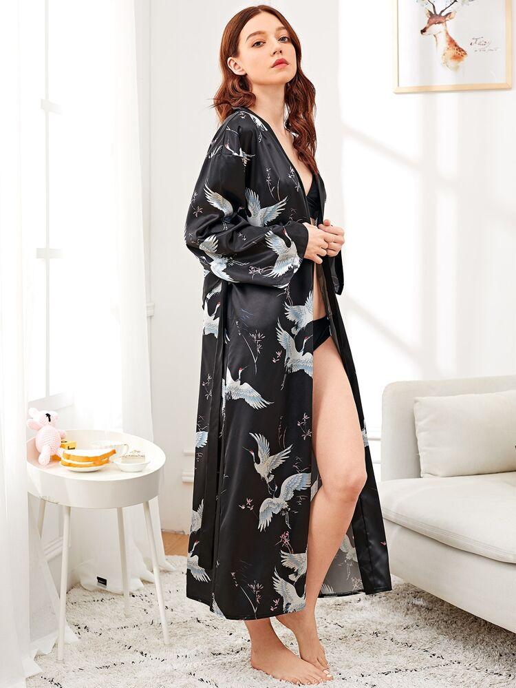 how to buy pretty cool new release Robe de nuit longue en satin imprimé grue