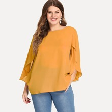 Plus Slit Flounce Sleeve Solid Top