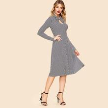 80s Bow Embellished Keyhole Front Striped Dress