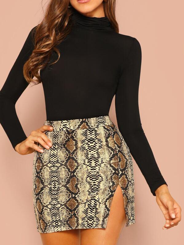 be9bdc92b7 Snakeskin Print Split Skirt   SHEIN