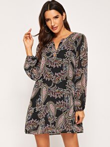 V-Cut Neck Paisley Print Dress