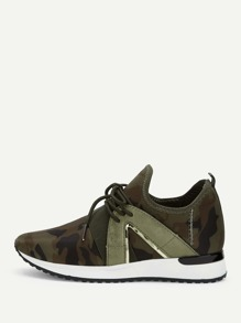 Camouflage Print Lace-up Sneakers