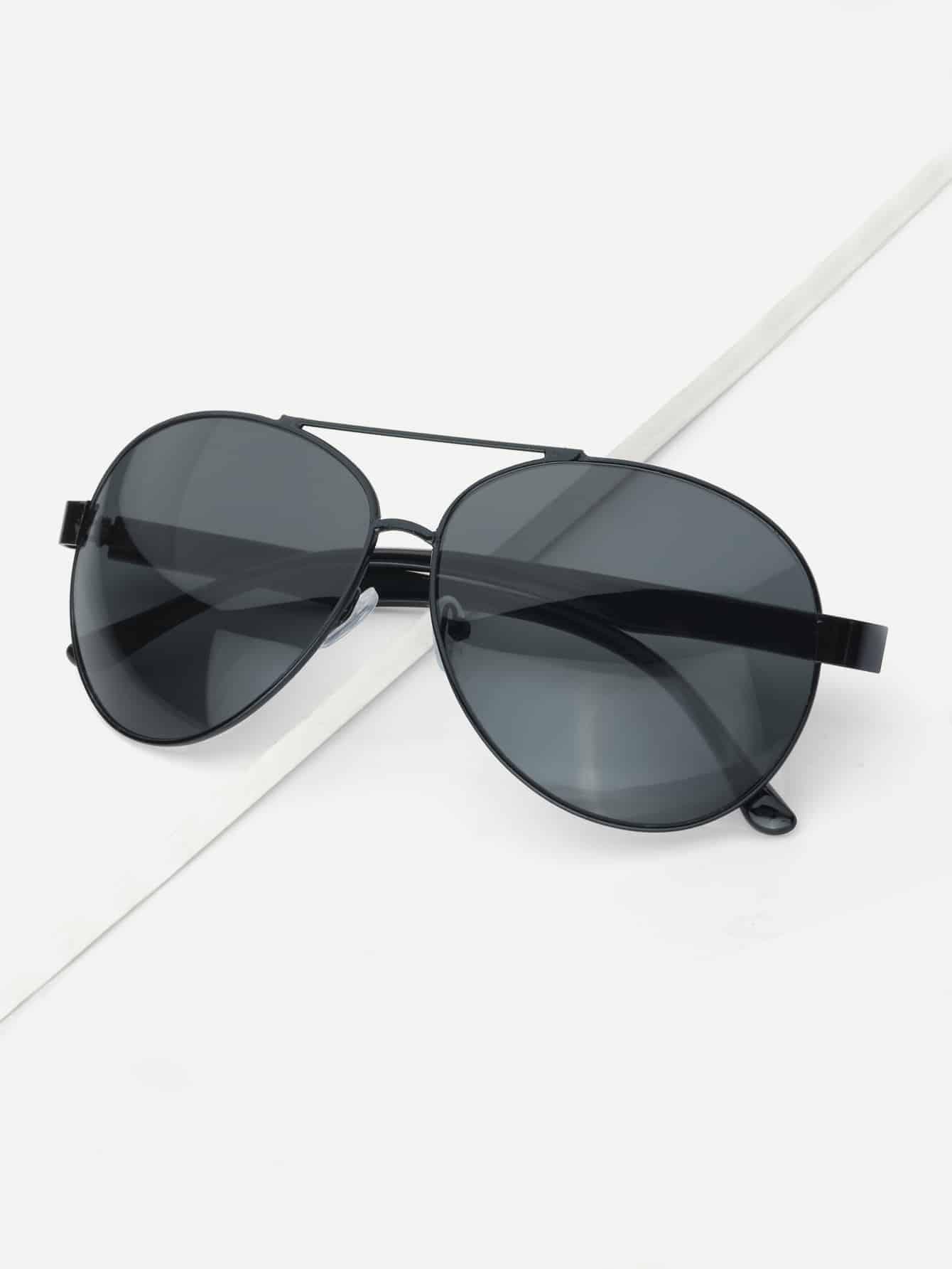homme lunettes de soleil aviateur avec barre sup rieure. Black Bedroom Furniture Sets. Home Design Ideas