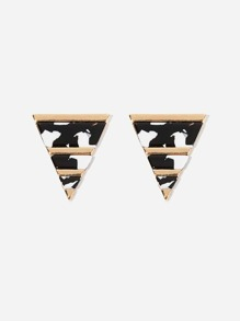 Marble Pattern Triangle Shaped Stud Earrings 1pair
