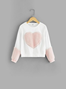 Girls Fluffy Heart Patched Sweatshirt