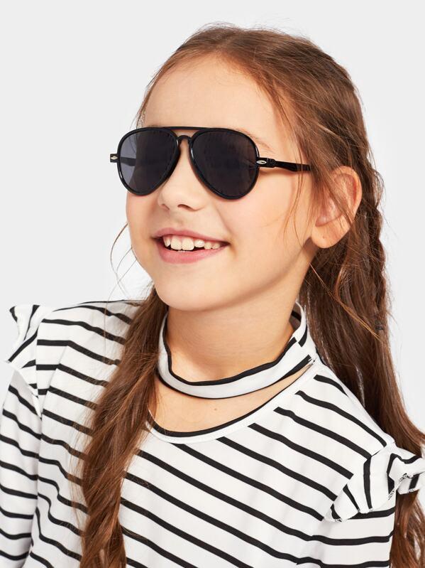 e564dd81e نظارات شمسية طيار بشريط اعلى للاطفال   شي إن