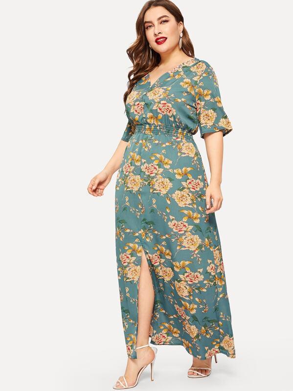 0f655eaf3 فستان مقاس كبير بفتحة وبطباعة الزهر   شي إن
