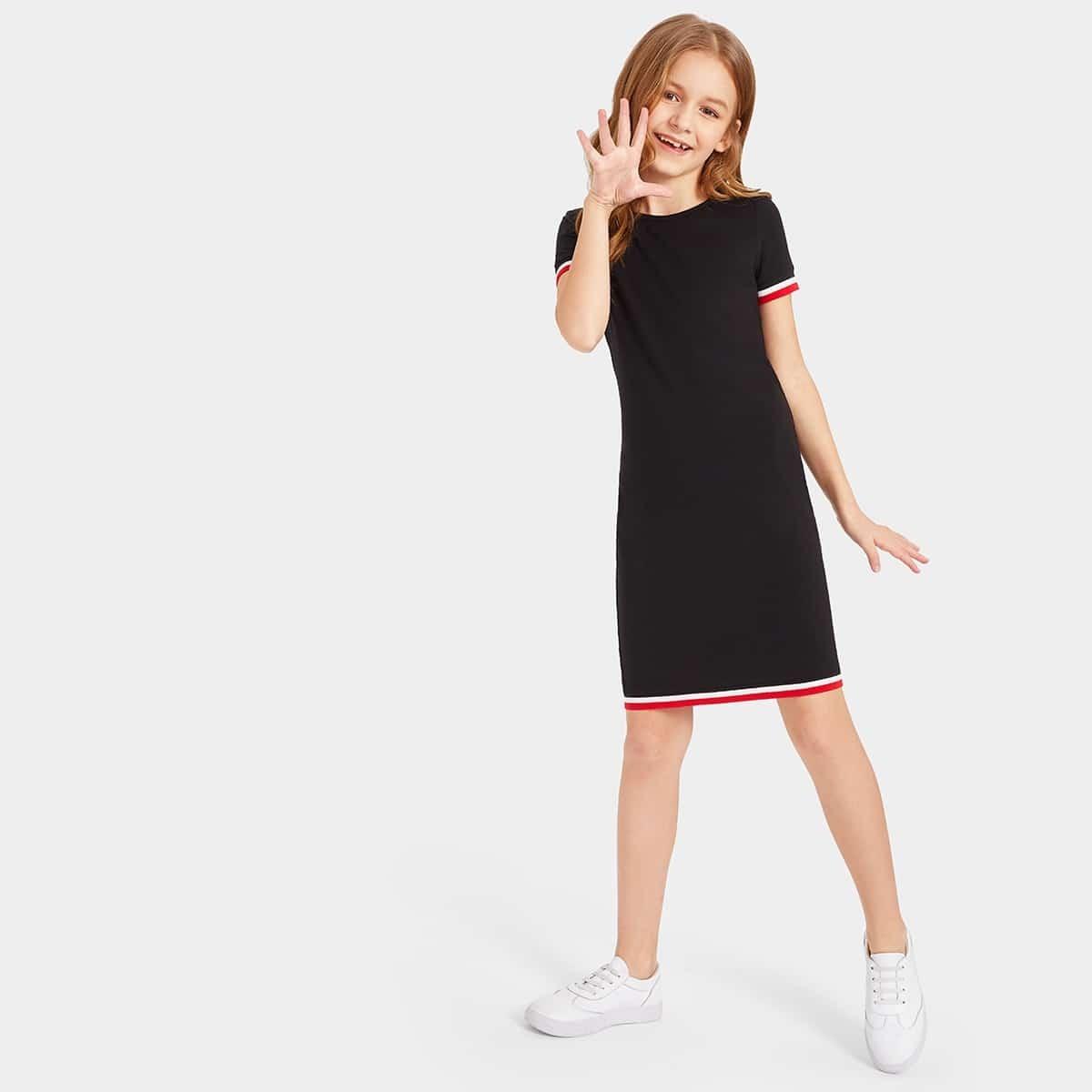 Mädchen T-Kleid mit Streifensaum