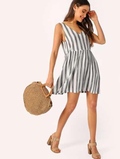 11dc8c53cf2 Double V-neckline Two Tone Dress