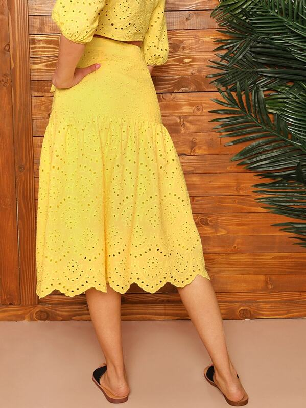 bbec925ac4af Scallop Edge Embroidered Eyelet Skirt   SHEIN